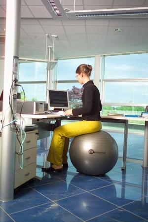 Ledragomma Sittboll / Pilatesboll för kontoret Vit Ø 65 cm
