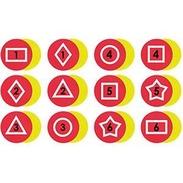 Stora markeringsplattor med siffror och geometriska figurer